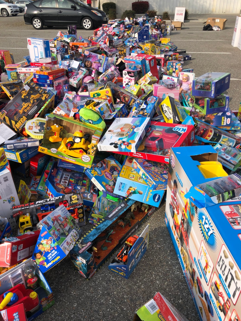 Toys4Tots 1